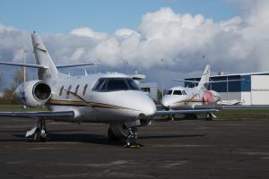 Air Nunavut Falcon 10 Jets CYOO - Gallery