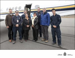 Air Nunavut flies Prime Minister Stephen Harper and Minister Leona Aglukkaq - Gallery